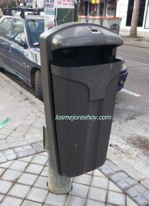 Cubos de basura calle Madrid